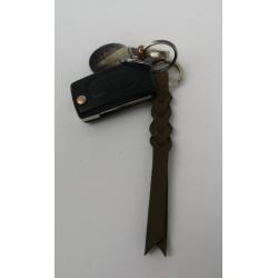 Porte-clé tressé rouge